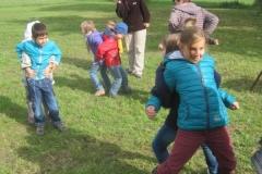 Doris Schmidt hat spannende und sportliche Spiele für die Kinder organisiert. Den Kids´s machte es Spass!