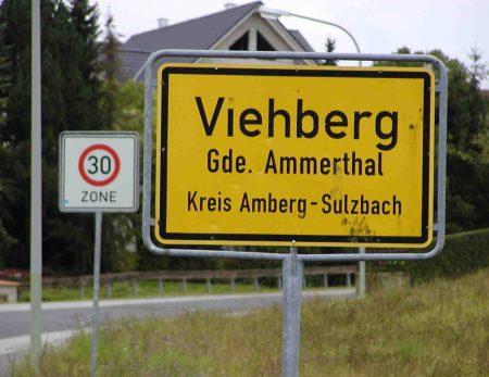Ortsschild Viehberg